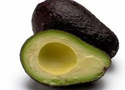 Vinegreta de avocado cu usturoi