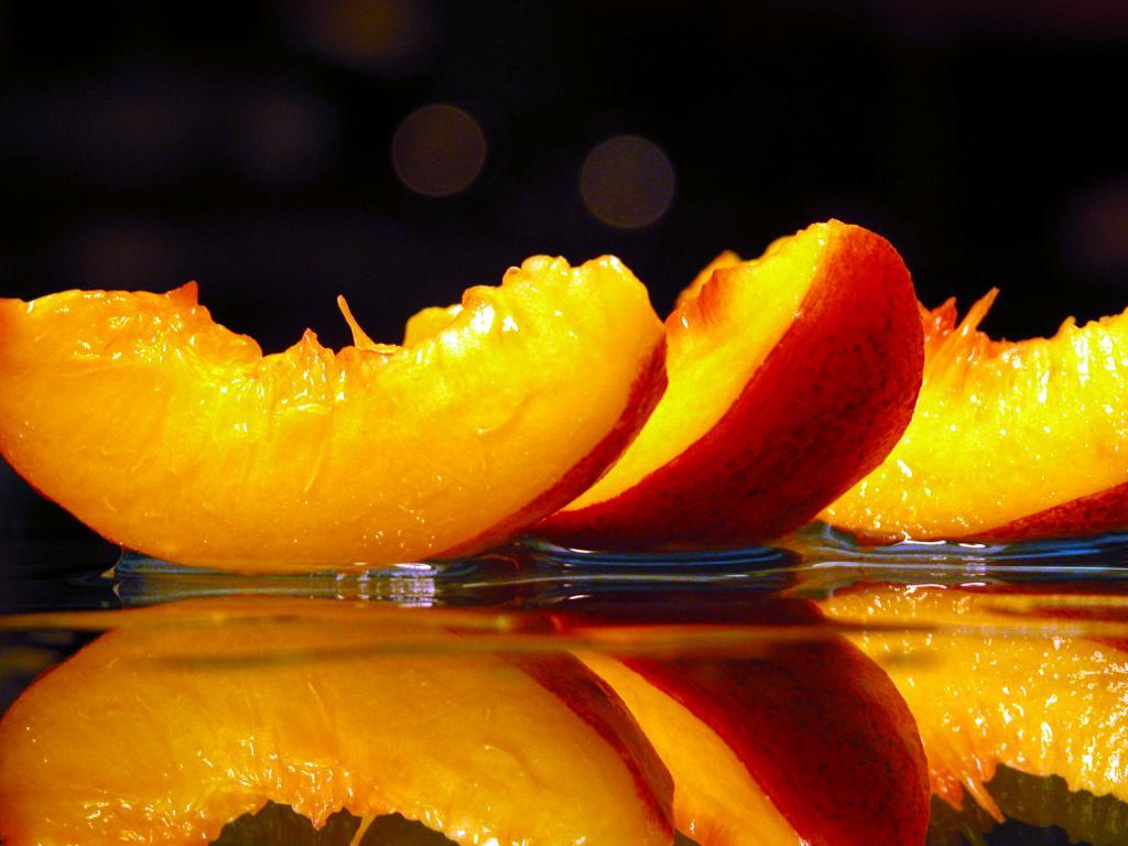 Salata de piersici si nectarine