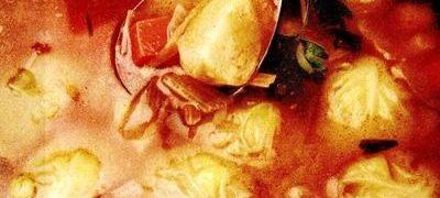 Ciorba de varza cu carnati