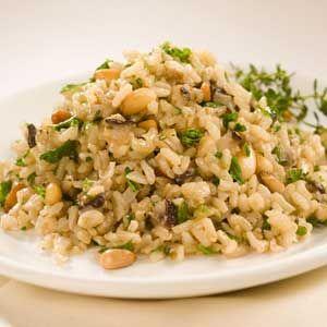Pilaf de orez cu ciuperci şi ceapă verde