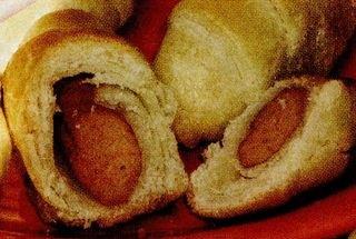Cornuri cu crenvursti