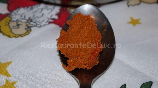 Chipsuri de varza furajera cu curry