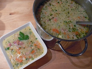 Supă berlineză de cartofi