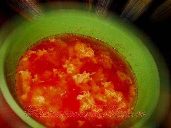 Ciorba de vacuta cu suc de rosii