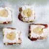 Prăjitură cu căpşuni si bezele