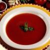 Supa crema de rosii cu busuioc si patrunjel