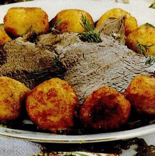 Friptura inabusita de vita cu gogosi din cartofi