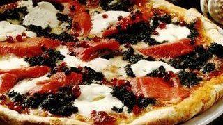 Pizza cu branzeturi