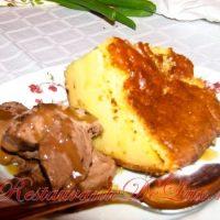 Prajitura_cu_lapte_inghetata_de_ciocolata_si_topping_de_caramel_26