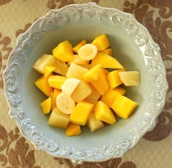 Salata de ananas cu sirop de ghimbir