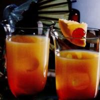 rp_Cocktail_Golden_Rum_Shake.jpg