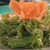 Cum se prepara Salata de cruditati cu tzatziki (video)