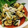 Gnocchi cu leurdă şi salsa de ardei
