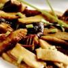 Raţă cu muguri de bambus şi ciuperci