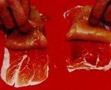 Rulade de pui cu creveti si sparanghel, invelite in prosciutto