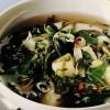 Supă de legume de primăvară cu lămâie
