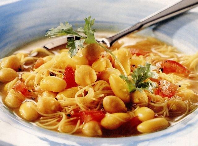 Supa iute de fasole in stil marocan