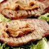 Fripturică de porc cu piper şi unt de arahide