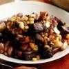 Mâncare delicioasă de vită cu legume