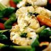 Biban de mare cu legume la aburi în sos de busuioc