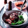 Friptura in piper cu broccoli si sos de vin rosu