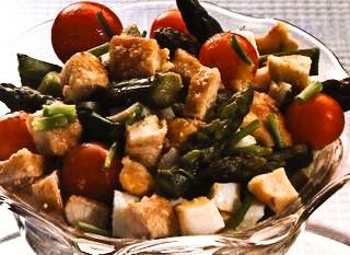 Salată de sparanghel cu ouă