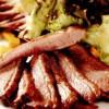 Salată din piept de raţă cu dovleac şi sos vinegretă cu muştar