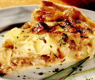 Quiche cu mozzarella, cartofi şi ciuperci