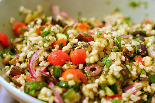 Salată mediteraneeană