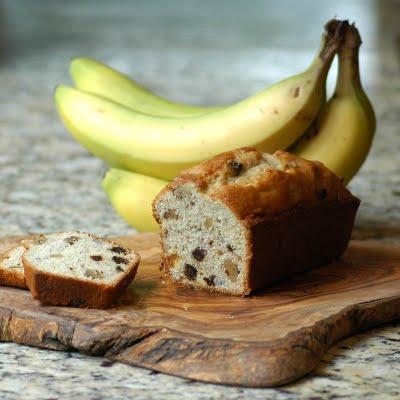 Chec cu banane, nuca si curmale