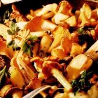 rp_Muschi_de_vita_cu_cartofi_si_galbiori.jpg