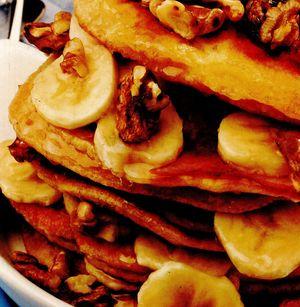 Clătite cu banane si nuci
