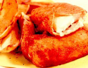 Cod pane cu cartofi prăjiţi