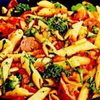 rp_Paste_la_tigaie_cu_broccoli_si_carnaciori.jpg