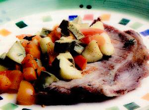 Şniţele de porc cu legume