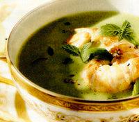 Supă-cremă de mazăre cu langustine