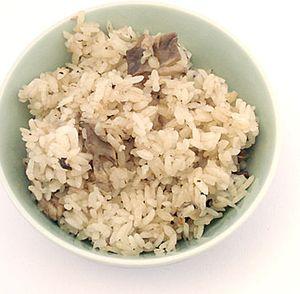 Retete de post: Pachete cu orez si ciuperci