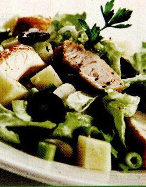 Salata cu pui la gratar