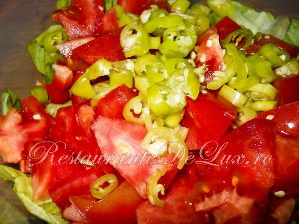 Salata_de_cruditati_cu_ton_08