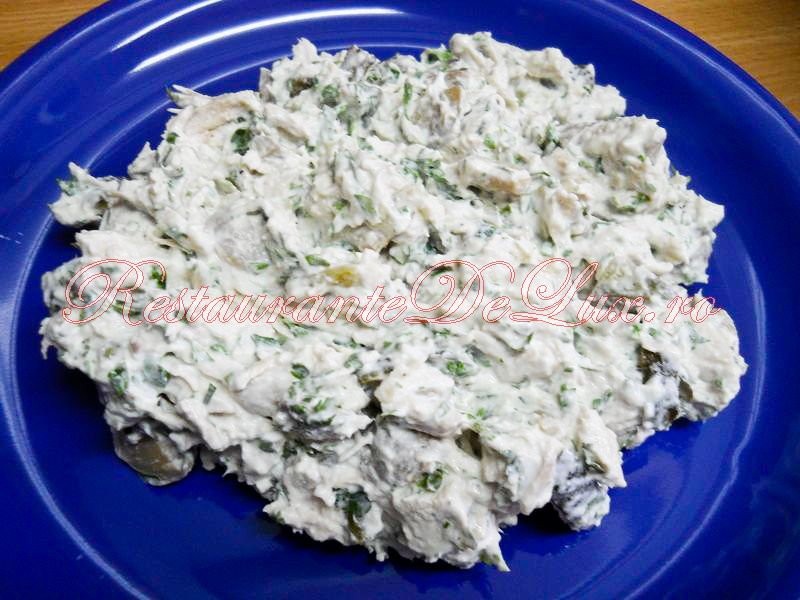 Salata ciuperci cu maioneza si castraveti