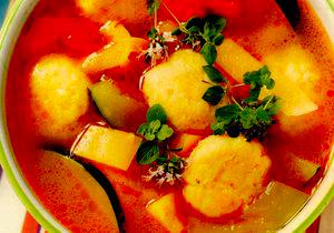 Supa de legume cu galuste de cascaval