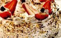Tort_cu_branza_si_capsuni