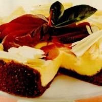 rp_Tort_de_ciocolata_alba_cu_para_aromata_si_crema_de_brânza.jpg