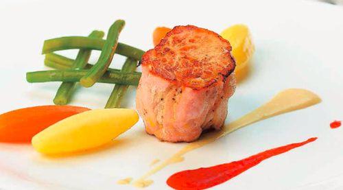Cotlet de porc la tigaie cu sos de mustar