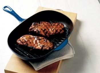 Cotlete de porc cu muştar şi rozmarin