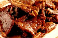 Friptură de porc cu sos brun