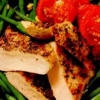 rp_Piept_de_pui_în_crusta_aromata_cu_garnitura_de_legume_si_bacon_crocant.jpg