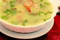 Supă cu afumătură şi ficat