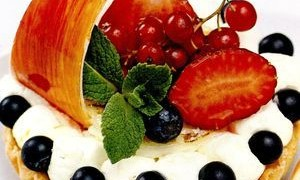Tarta_ricotta_cu_crema_mascarpone_si_fructe_rosii
