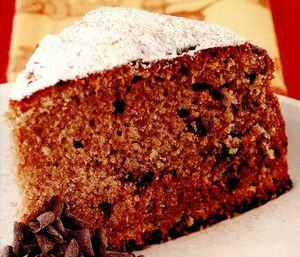 Tort cu ciocolată, vin roşu şi scorţişoară